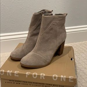 TOMS Lunata Desert Taupe Suede Perforated Boots